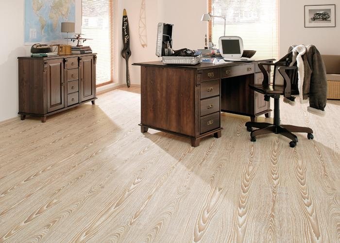 Laminate wood floorings
